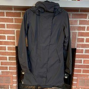 Marmot black lightweight raincoat jacket small